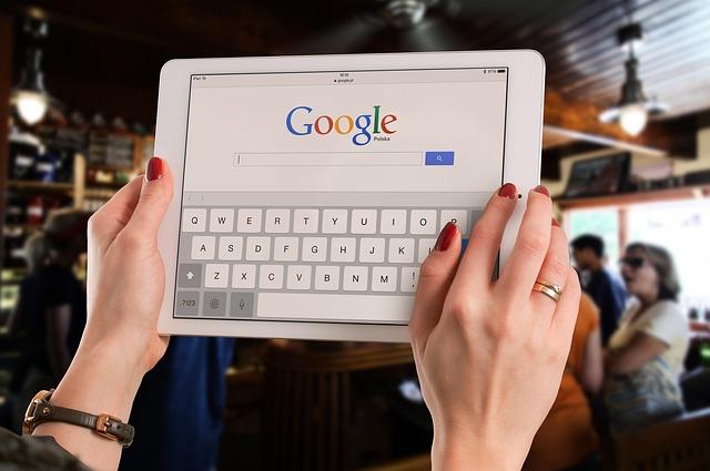 """Google zeigt nun """"Andere suchten auch nach""""-Ergebnisse"""